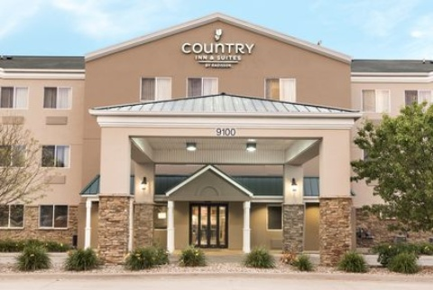Country Inn & Suites By Radisson, Cedar Rapids Airport